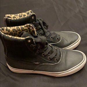 Vans high tops Black with leopard print inside